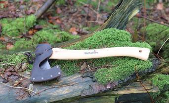 Hultafors Hultan Trekking axe | Expert Review by Bushcraft Alli