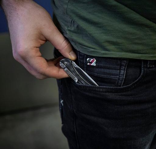 Guide d'achat couteaux CRKT par utilisation et par taille