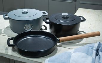 Why that many different pans?