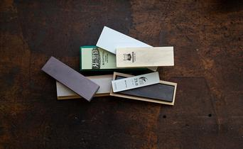 Sharpening stone materials: which are the best?