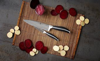 Zwilling kitchen knives: new engraving on the blade
