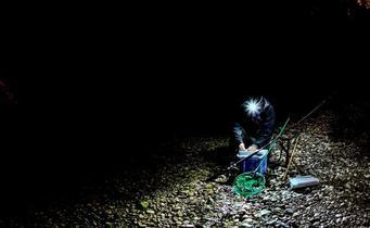 Top 3 des lampes frontales pour la pêche