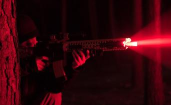Flashlights with red light: what do you use them for?