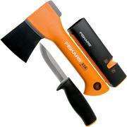 Fiskars X5 fireplace set avec hache, couteau et aiguiseur